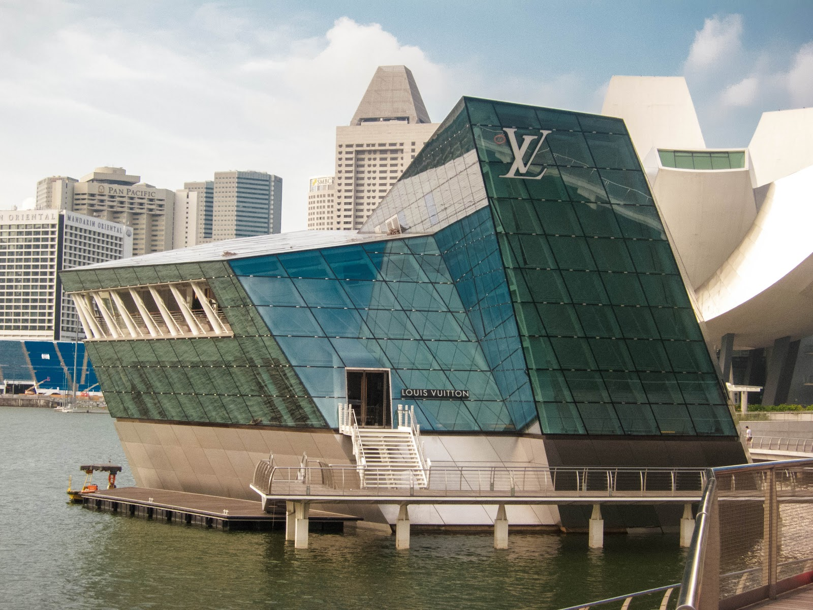 Louis Vuitton LV flagship stores at The Shoppes, Marina Bay Sands, Singapore | Svelte Salivations - Travel