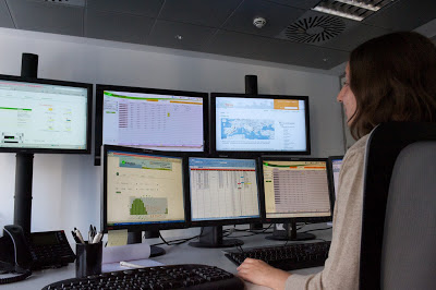 From a single control center, 9REN can effectively monitor the operations at each of the 528 solar plants, ensuring continuous generation of 425 MWh a day.