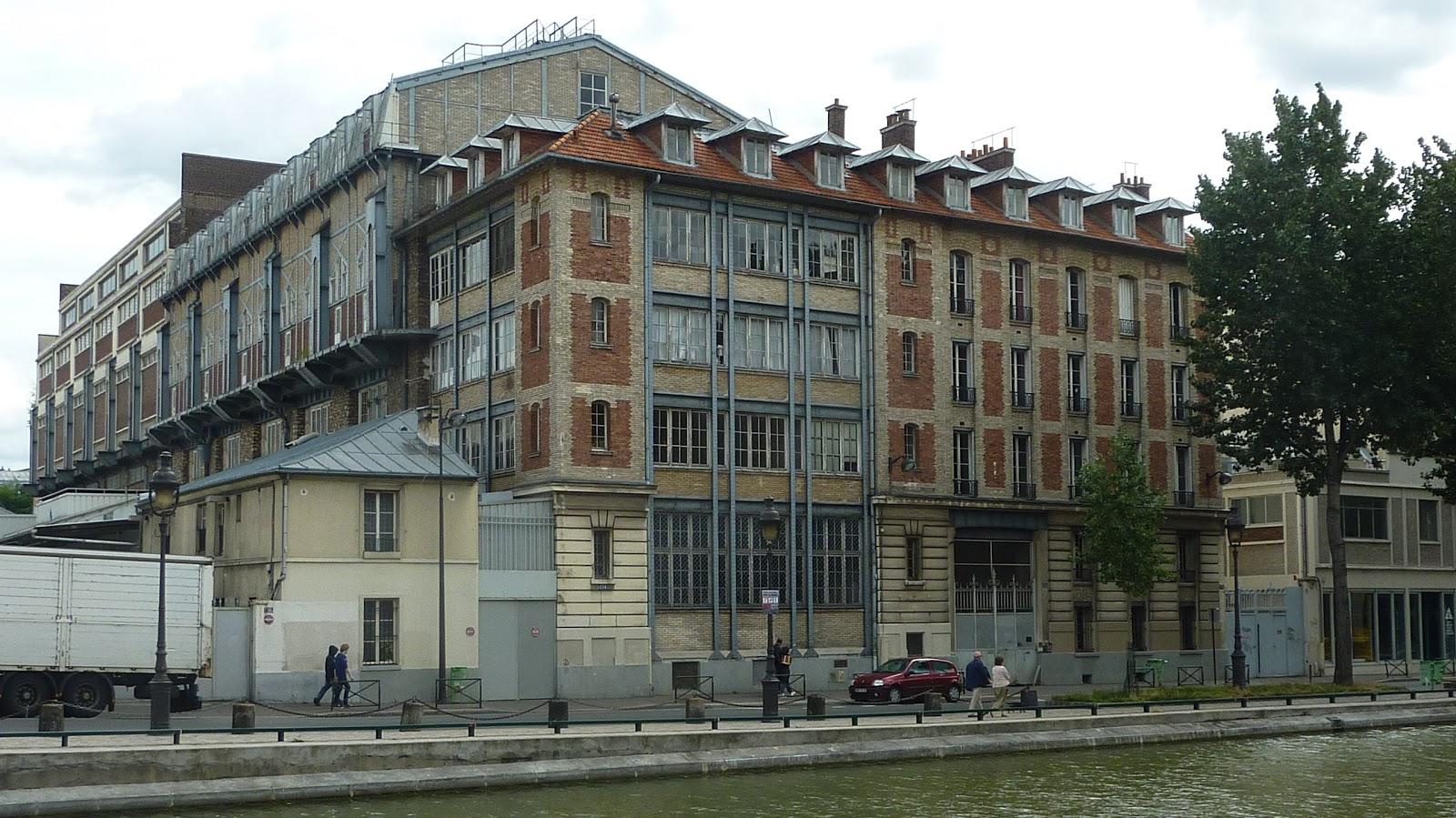 parisienne curieuse pantin industriel art d co et contemporain. Black Bedroom Furniture Sets. Home Design Ideas