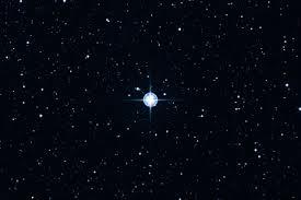http://www.ciencia-online.net/2013/03/estranha-estrela-matusalem-parece-mais.html