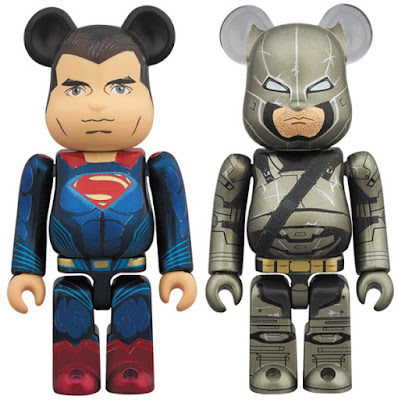 Batman v Superman: Dawn of Justice 100% Be@rbrick 2 Pack by Medicom - Superman & Armored Batman
