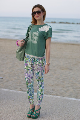 Zara floral pants, green outfit