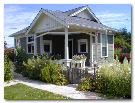 a joyful cottage: all american cottage tour