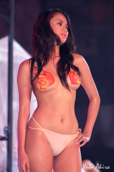 danica torres topless at the 2012 fhm philippines 100 sexiest victory party 03