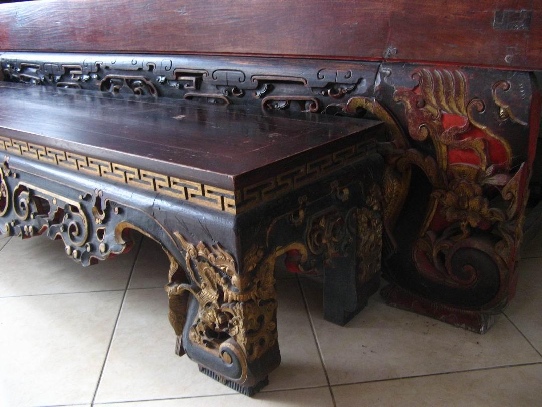 Puri Ayu Ranjang Kayu Ukir China Antik