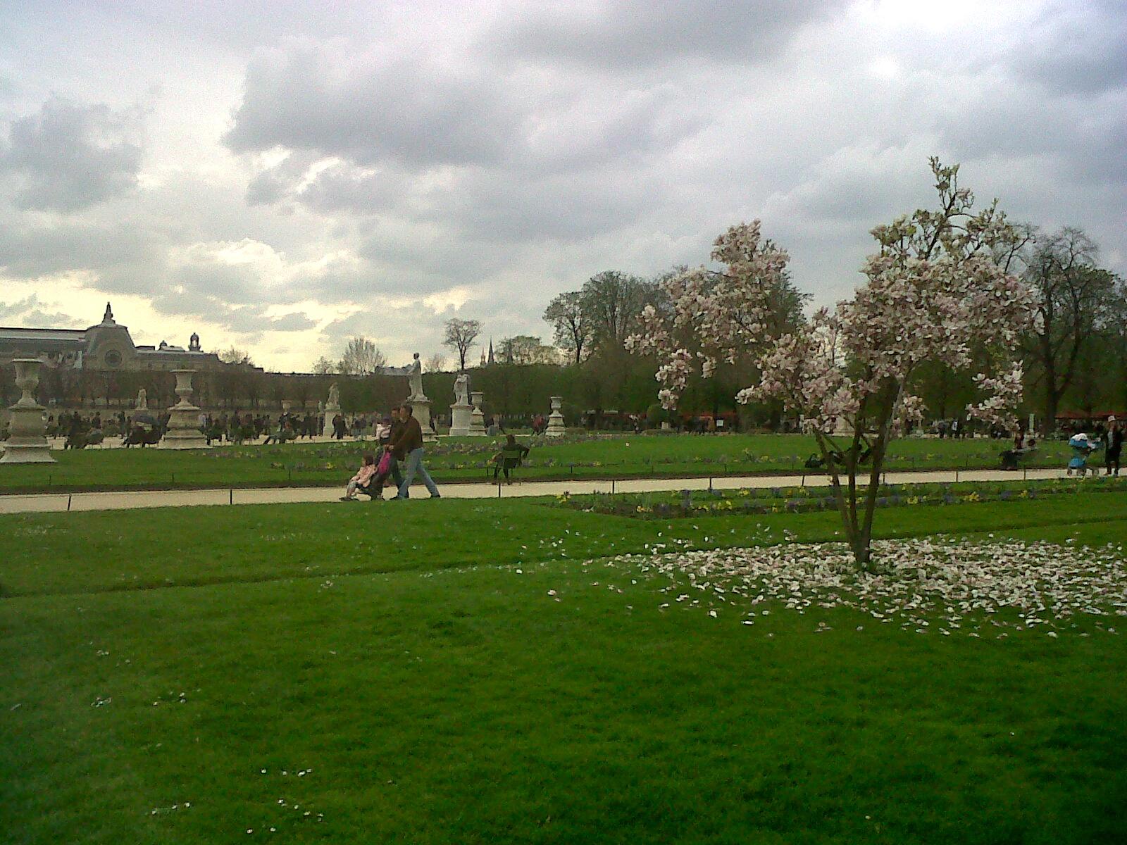 Esther paris jardin des tuileries for Jardin tuileries