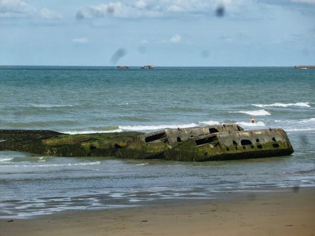http://www.normandie-tourisme.fr/articles/arromanches-398-2.html