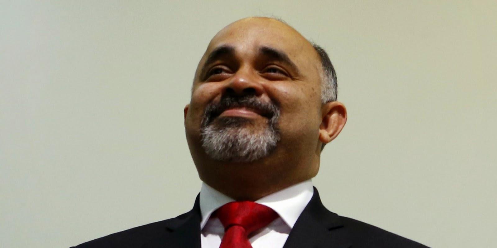 Novo ministro do Esporte é especialista em assalto em altura, assalto em distância e assalto triplo