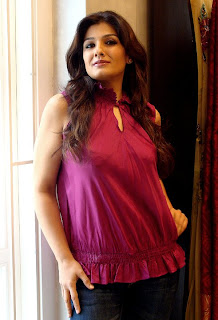 Raveena Tandon Bollywood Actress, Raveena Tandon Hot Photos, Raveena Tandon Pics