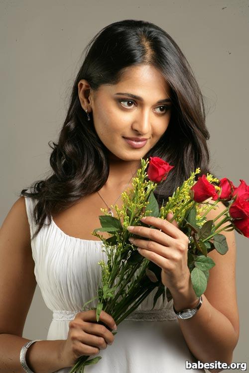 Anushka Shetty New Pictures