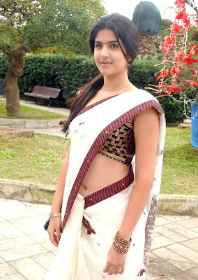 Actress Navel Show Photos -1