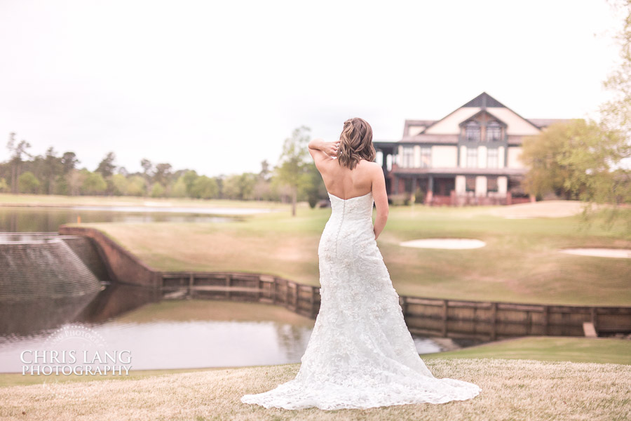 Bridal Picture Ideas - Rustic Outdoor bridal Photography - River Landing Bridal Pictures