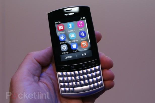 nokia meluncurkan telepon seluler ponsel qwerty nokia asha 303 yang