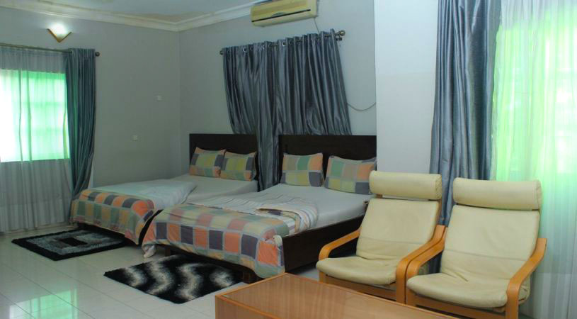 Lekki Heights room