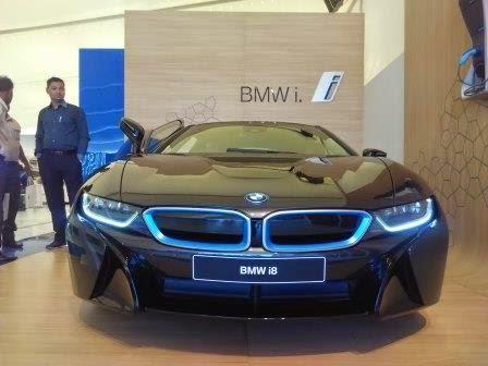 BMW Experience Tour 2015 BMW i8