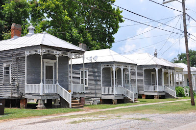 Getting lost in louisiana donaldsonville to plaquemine on for Home builders in south mississippi