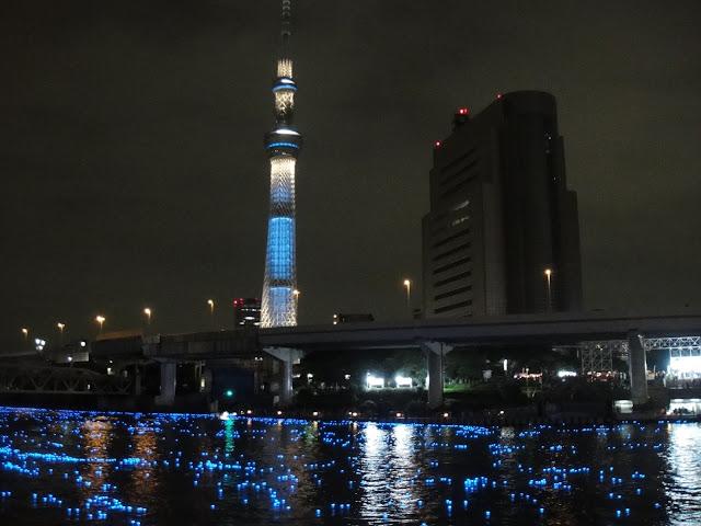 tokyo sky tree with hotaru