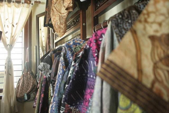 Di Pekalongan, Rumah Warga Disulap Menjadi Gallery Batik, Tips Batik, Info Batik, Pola Batik, Desain Batik, Belanja Batik, Batik Semarang, Batik Jayakarta,