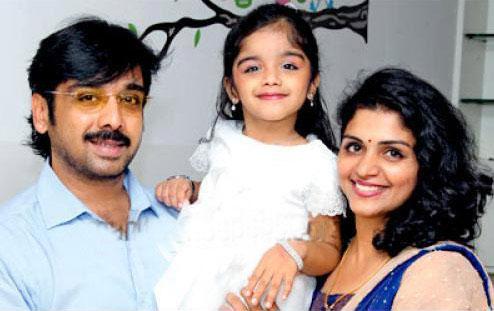Vineeth Family Photo