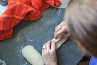 Shaping vegetable demi-baguettes