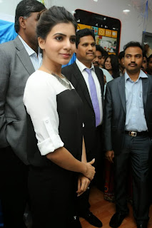 Actress Samantha Latest Pictures at Big C Mobiles Launches Nokia Lumia 1320  0074.jpg