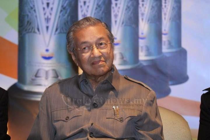 Tun Mahathir Saya Tak Pernah Minta Najib Letak Jawatan
