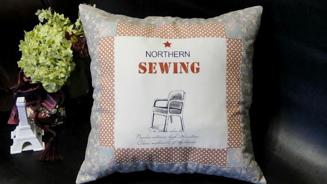 Старинное кресло - подушка в лоскутной технике, текстиль для офиса и магазинов мебели. Подарок на юбилей свадьбы