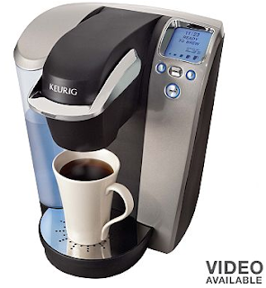 For many people, coffee is an important part of their everyday routine and, at Walmart Canada, you can help find a coffee maker that meets your individual needs. Not everyone is interested in spending a lot of time or money on their brewer while, for some people, coffee is an art form that requires a more sophisticated machine.