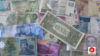 Bukti bahwa Uang Kertas Itu Memiskinkan Dunia