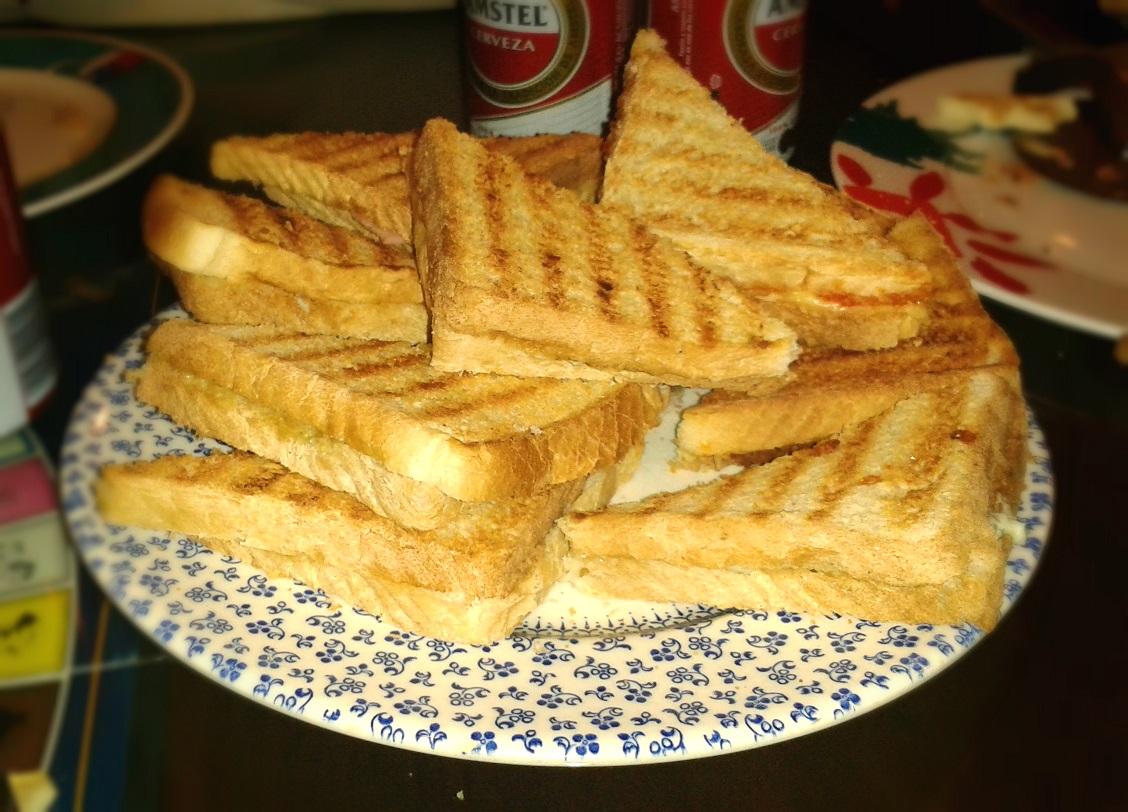 12 semi-sándwiches