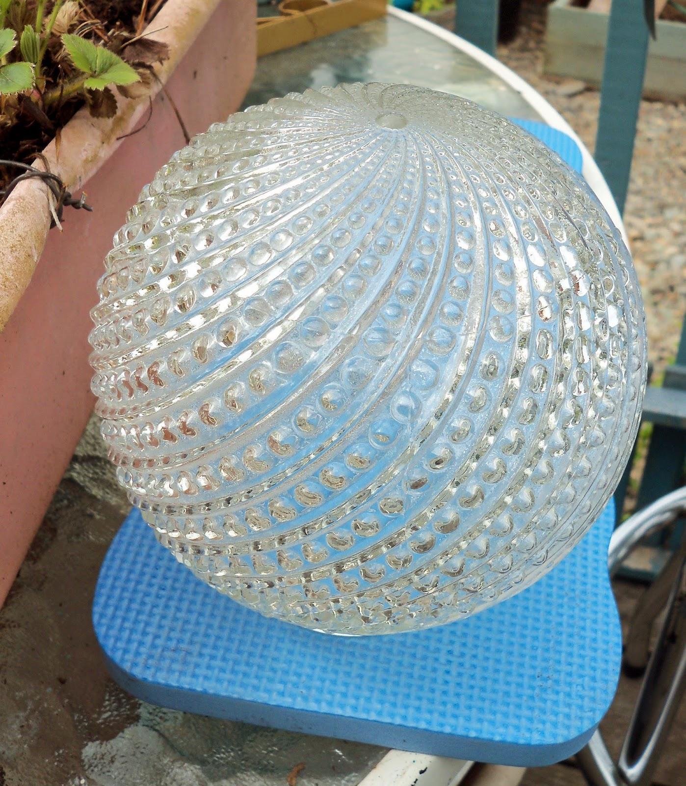 Make The Best of ThingsDIY Garden Art SUPER EASY Glass Garden