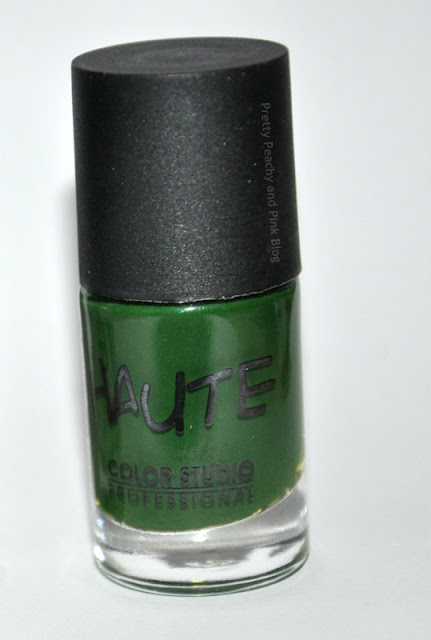 Color studio Professional Haute nails in Commando