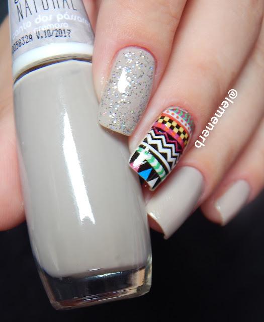 nail art tribal colorido