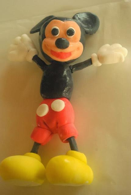 fondant Mickey Mouse