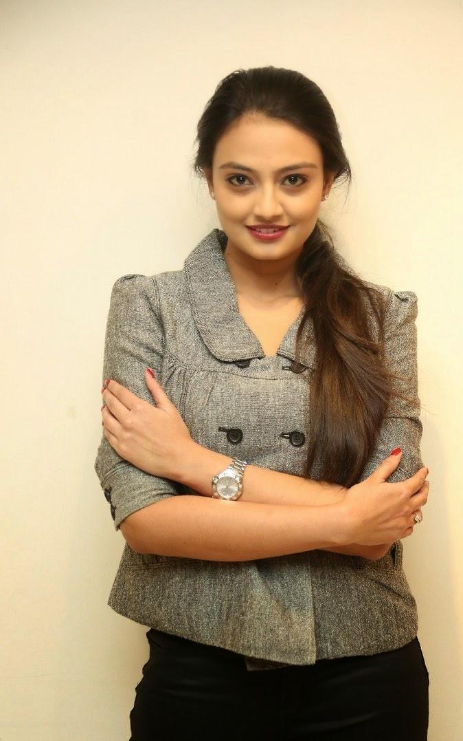 Actress Nikitha Narayan Latest Cute Hot Spicy Photoshoot Gallery