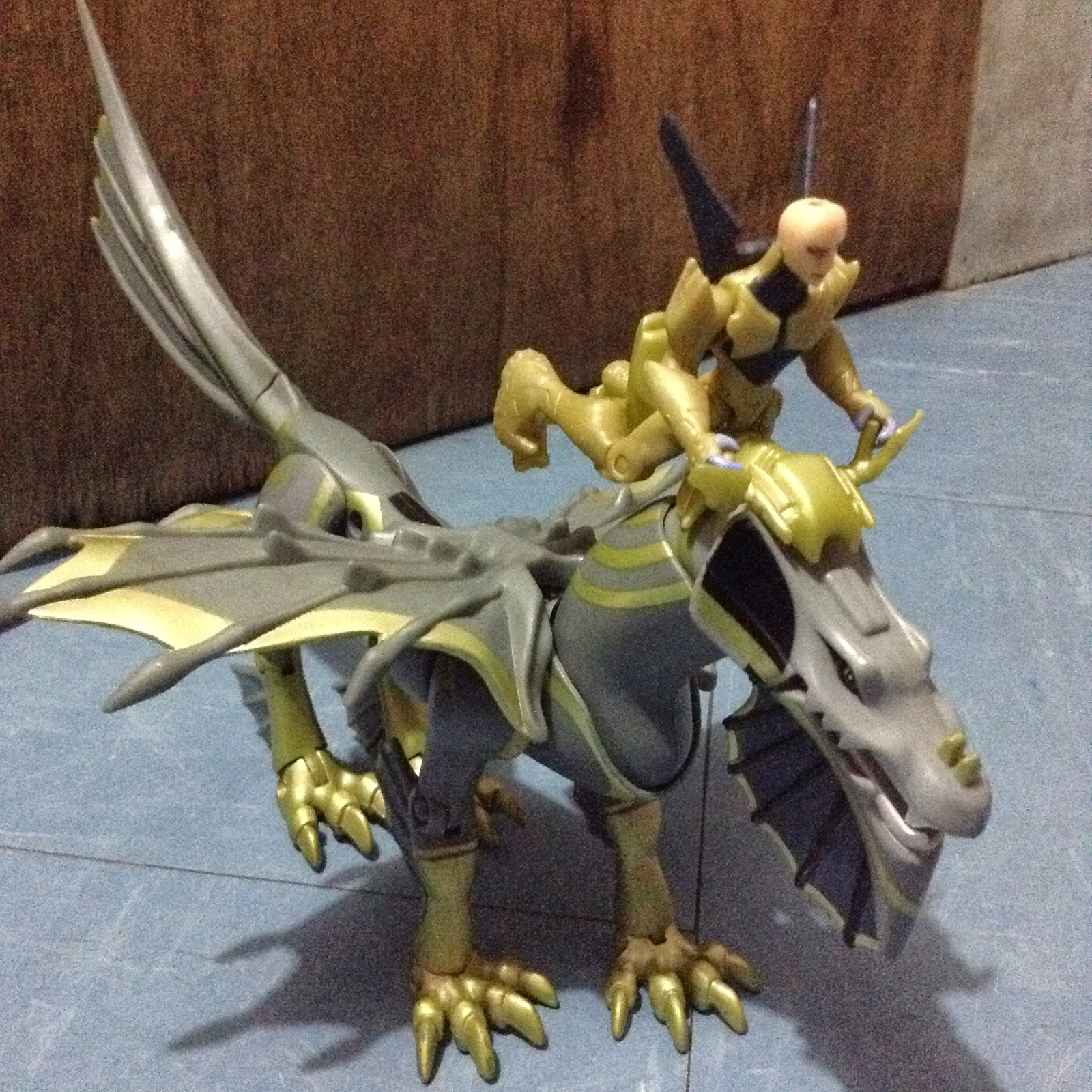 Daddy Yashiro s Journal Friday Toys Dragon Booster