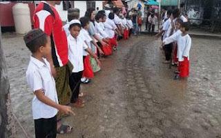 Rastro que seria de cobra de 15 m assusta moradores na Tailândia