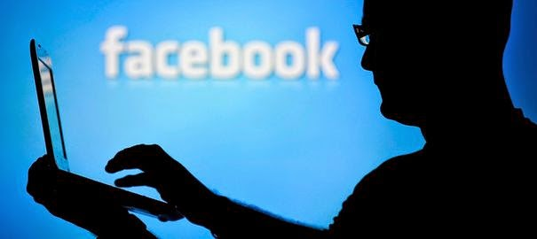 موظفو فايسبوك بإمكانهم ولوج حسابات المستخدمين دون كلمة مرور !