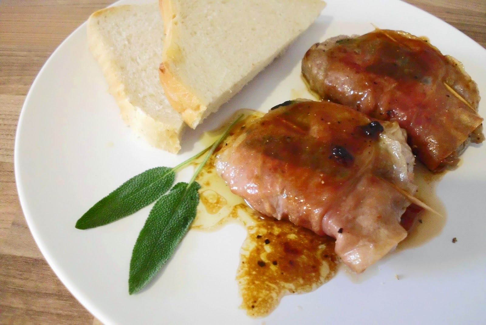 Curious and Catcat: 10/52 Saltimbocca alla Romana