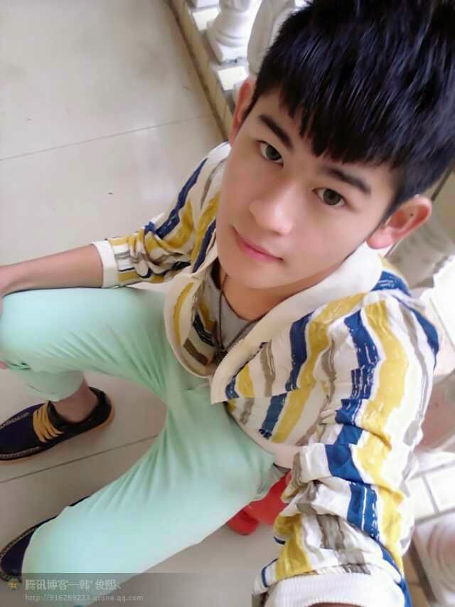 http://gayasiancollection.com/only-asian-boys-cute-boy-from-china-2/