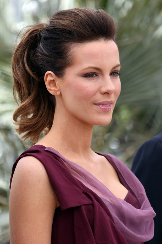 Fresh Look Celebrity Ponytail Hairstyles Gallery 02
