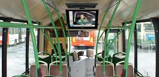 Pantallas en un autobus