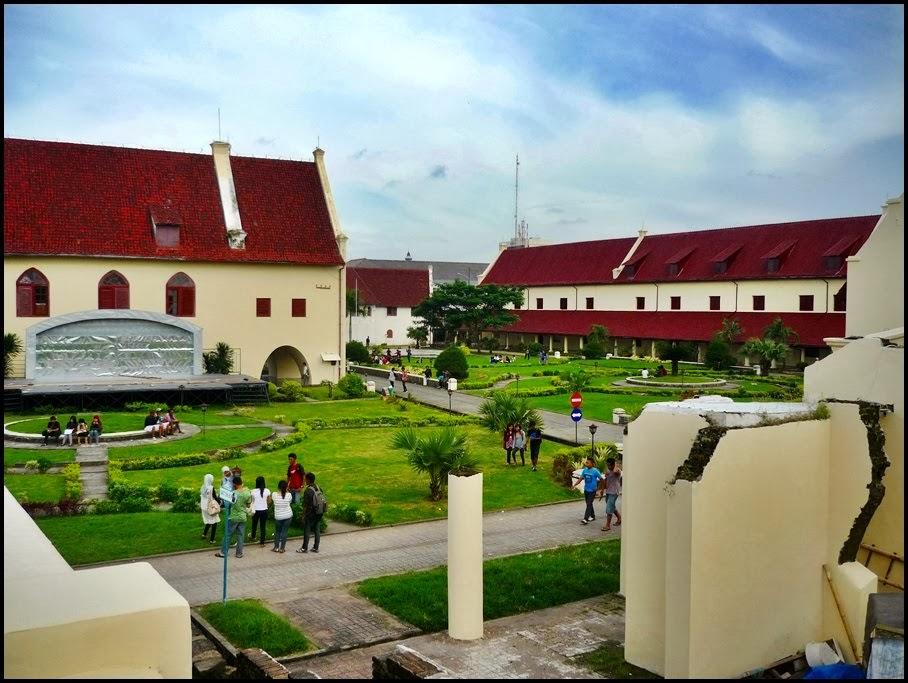 Sejarah Berdirinya Benteng Fort Rotterdam Di Makassar