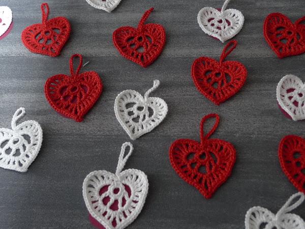Jouluisia sydämiä