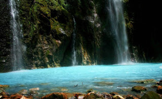 Air-Terjun-Dua-Warna-Sumatera.jpg