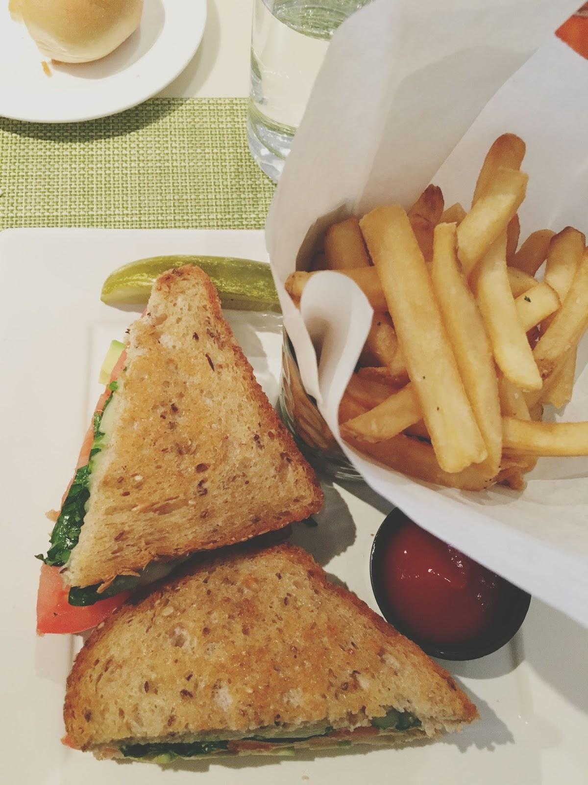 lunch sandwich near Philadelphia, Pennsylvania