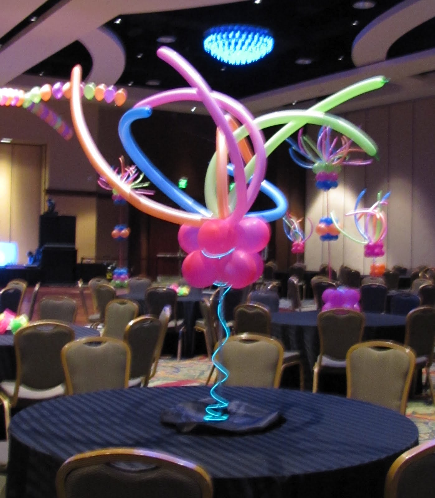 Party people event decorating company lake gibson neon for Balloon decoration company