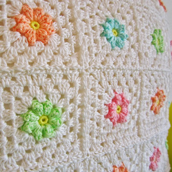 Crochet Patterns Squares : Color n Cream Crochet and Dream: Crochet Pattern Flower Square 8