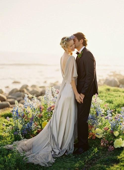 robe de mariee dos nus en forme V