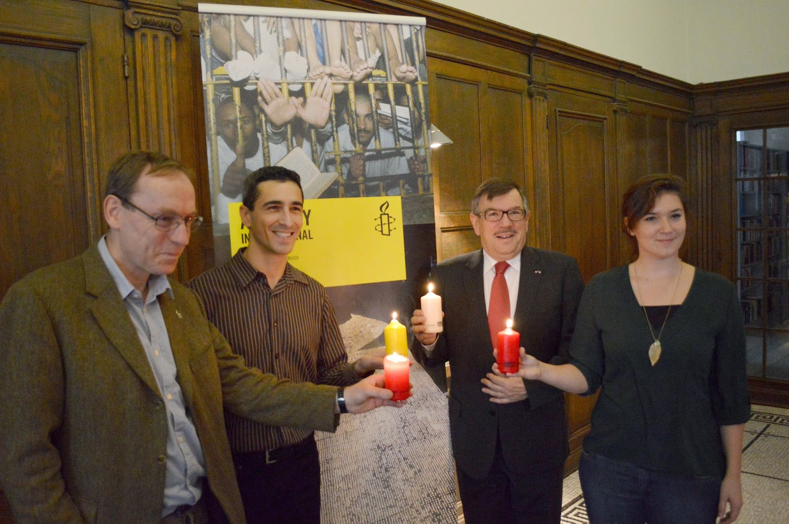 http://amnesty-luxembourg-photos.blogspot.com/2014/11/press-conference-candles-campagin-2014.html